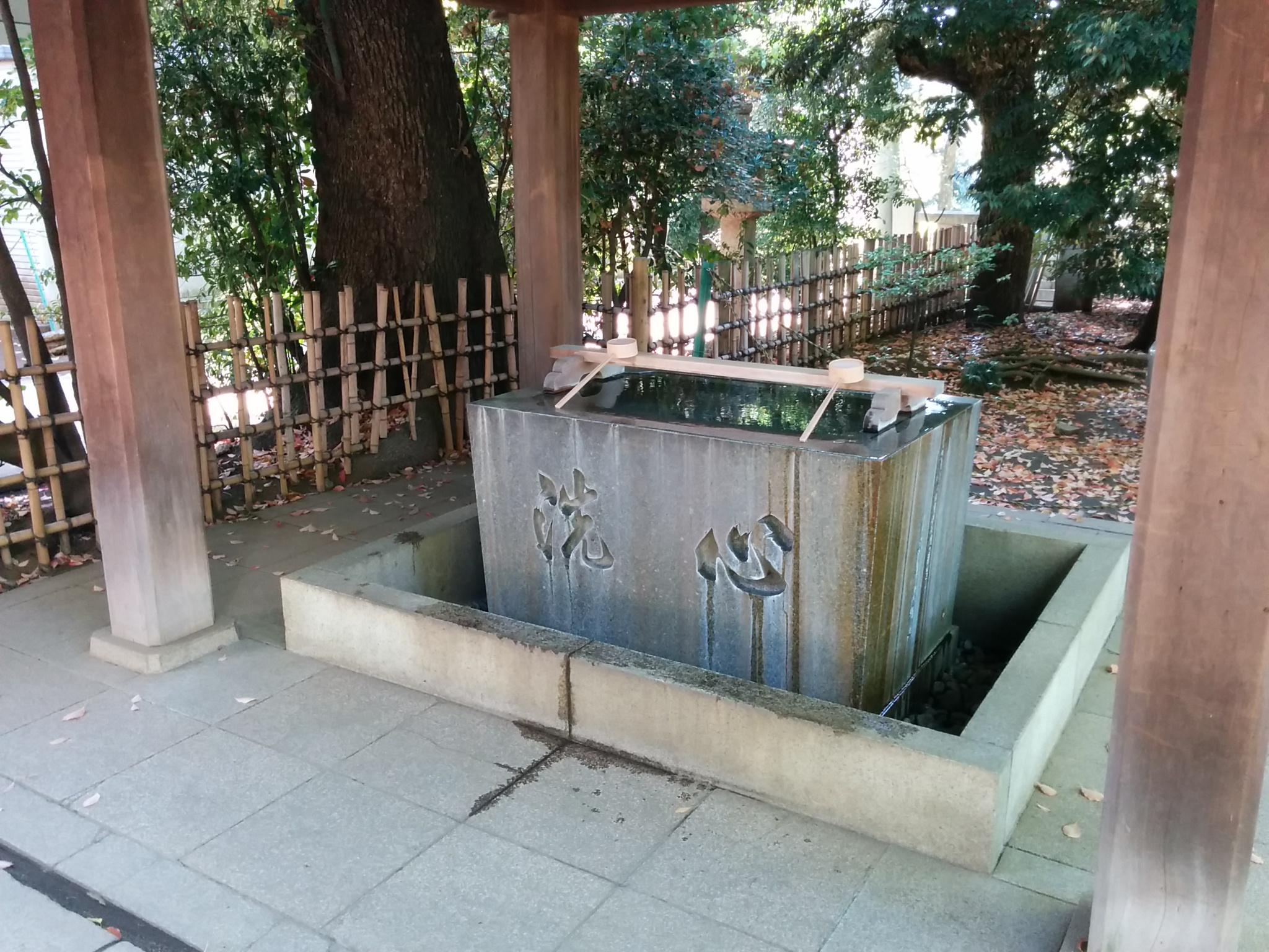 渋谷氷川神社その2(御水屋)